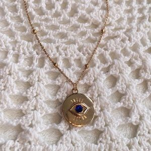 🌻Eye Statement Necklace🌻